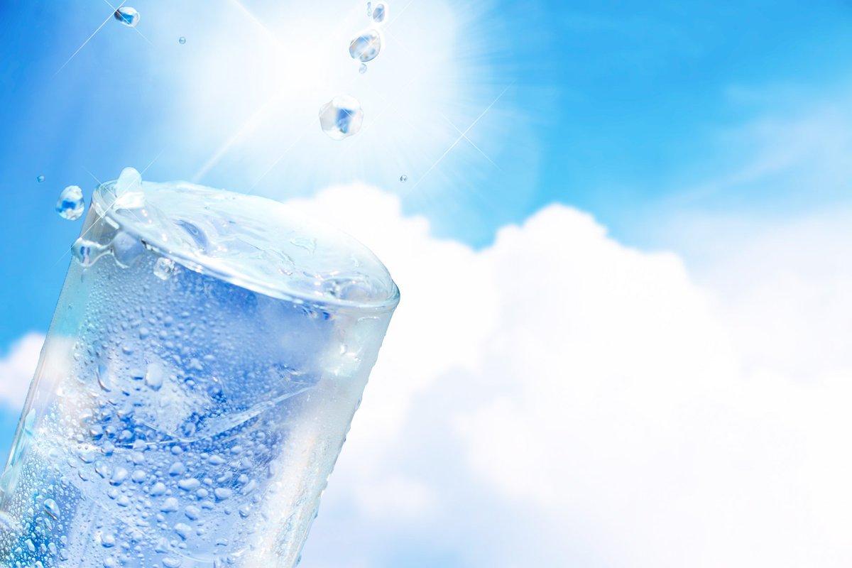 test ツイッターメディア - 「水素水効果は体にとても良いんです!」水素水の効力について述べて行きたいと思います。#RTした人全員フォローする⇒https://t.co/mW6t4C4HnJ https://t.co/BJl61vJue0