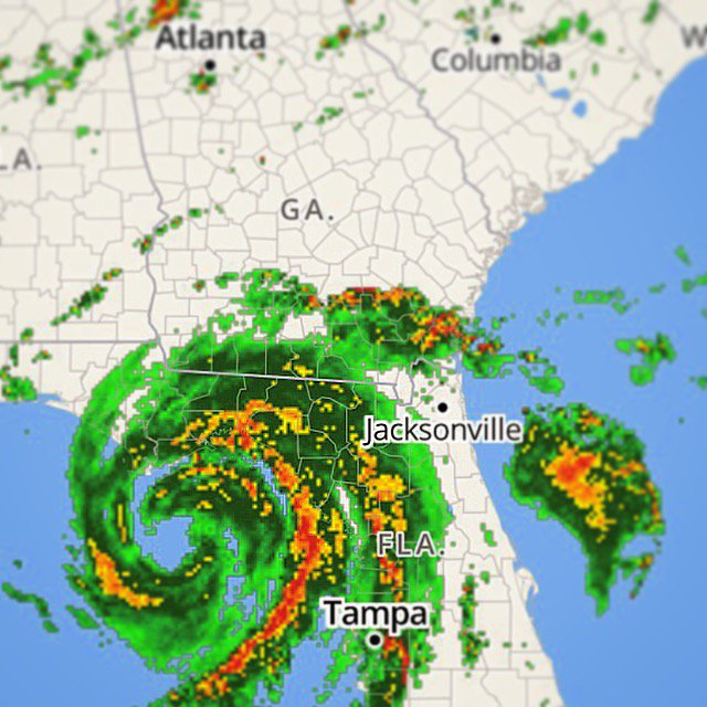 Sending thoughts and prayers to everyone back home during this storm #HurricaneHermine https://t.co/fKxIjXvQEt