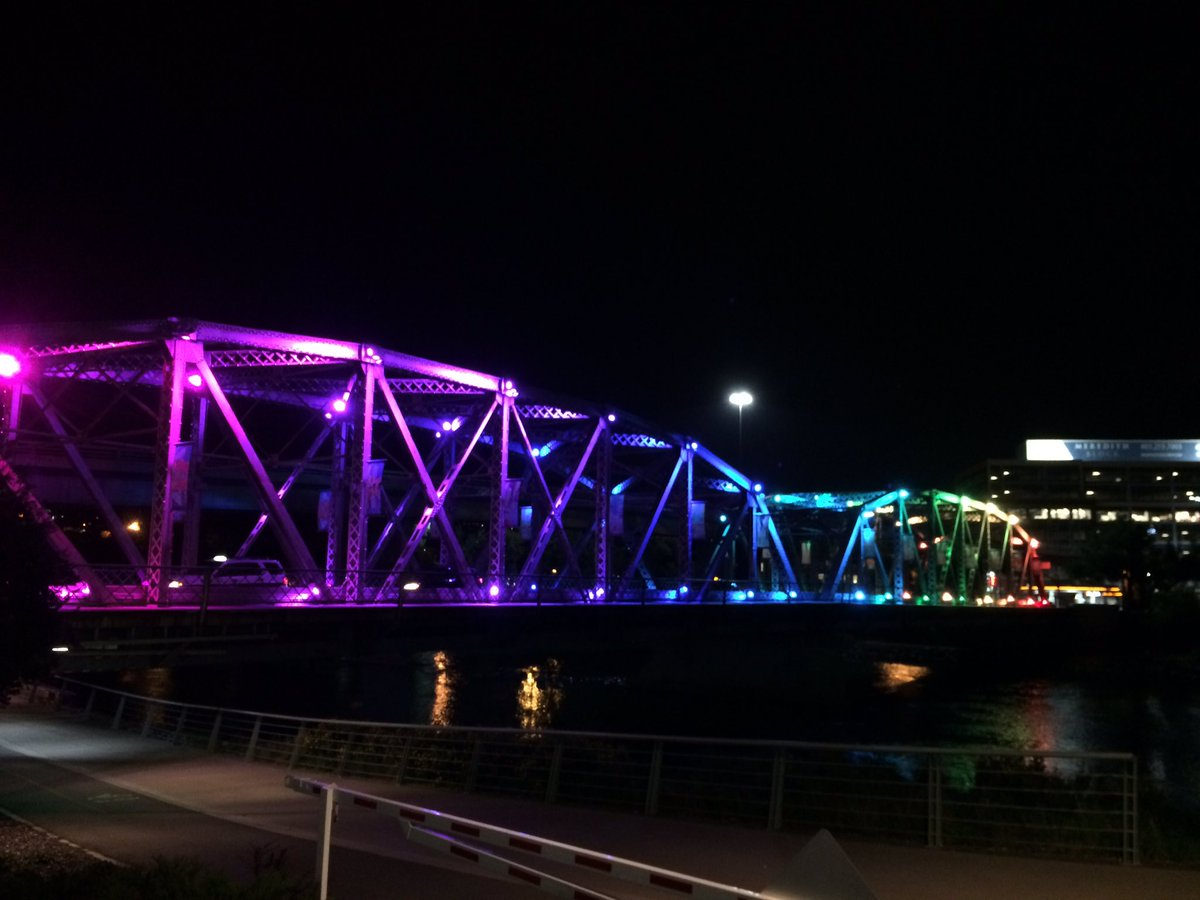 The Langevin sure looks good in rainbow, Happy Pride #yyc! https://t.co/fUdRF8EDvD