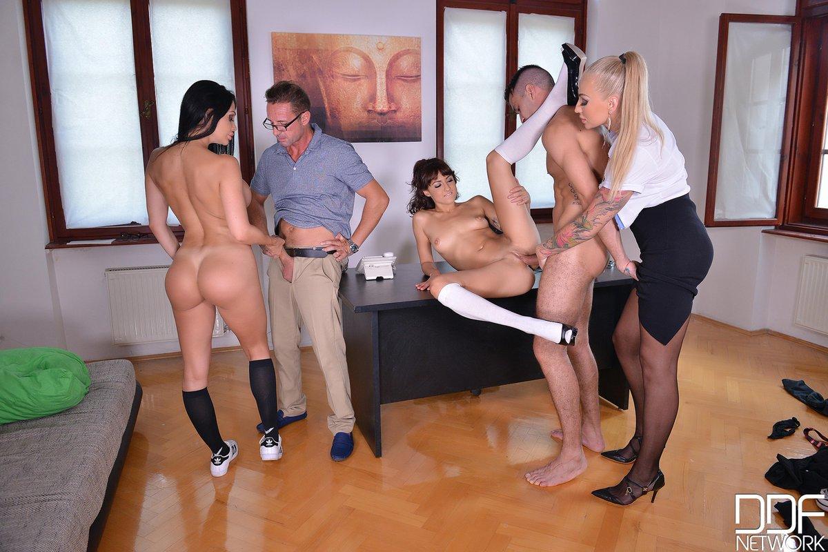 Секс В Отеле Видео