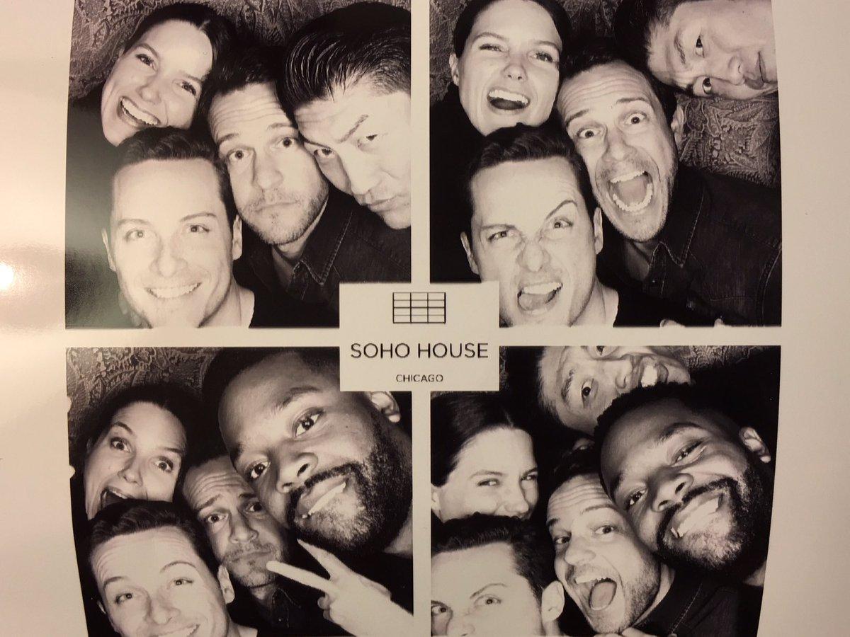 Best Birthday ever with my crew @SophiaBush @jesseleesoffer @brian_tee @RoycedaVoyce #lovemyfriends https://t.co/SK9NczZRlk