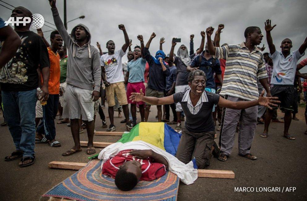 Gabon: deux morts à Libreville où les tensions persistent https://t.co/Bj9Qvy4bTZ #AFP