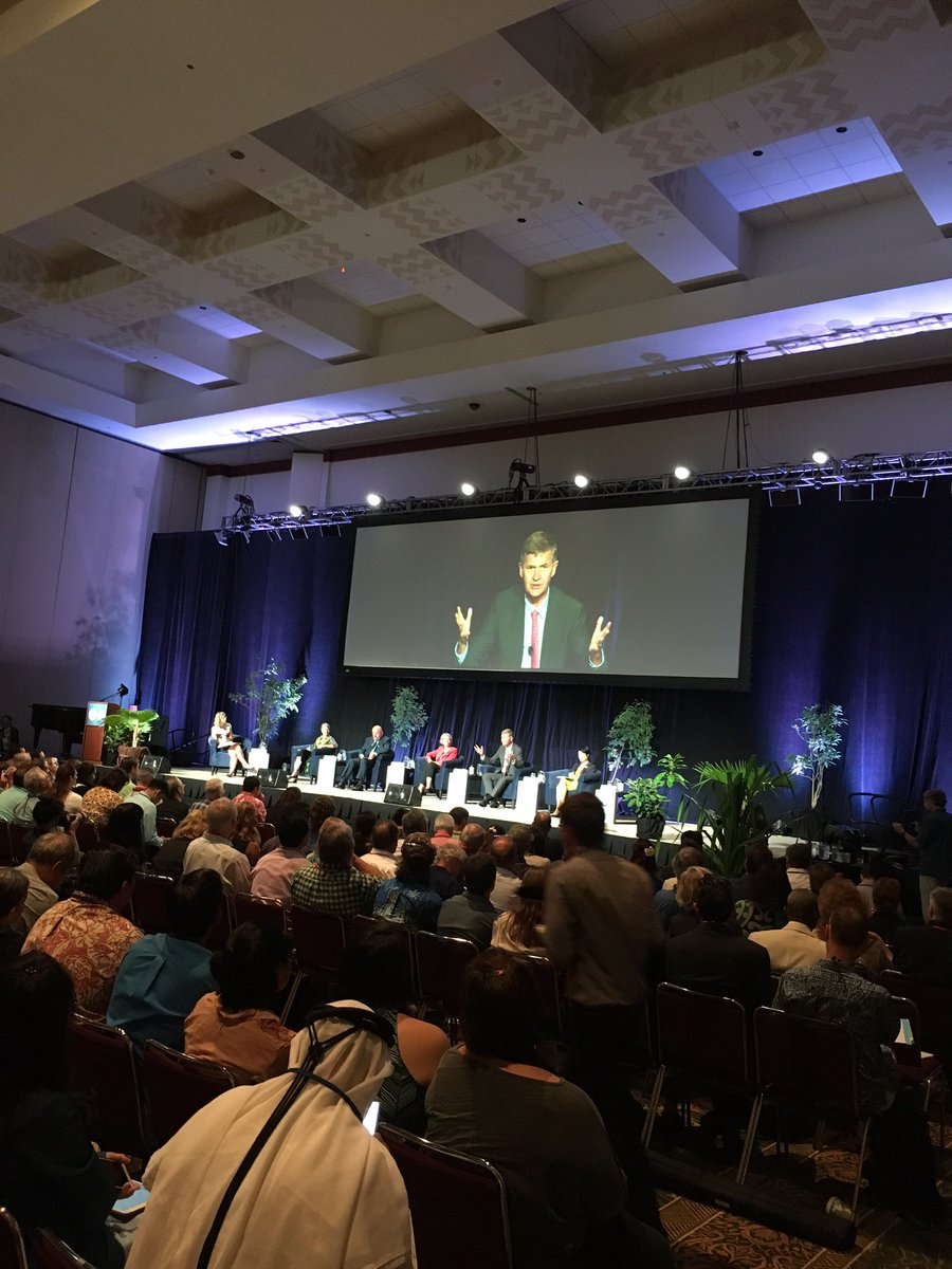 .@ErikSolheim #IUCNcongress :cost of destroying nature is socialized while gains are privatized, we need to fix this https://t.co/OVMHkSGkKx