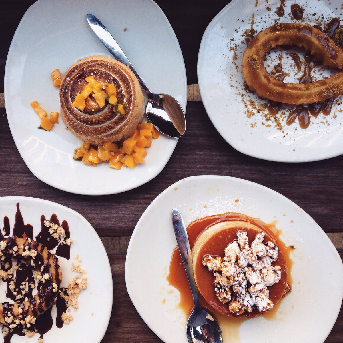 Ur my idol RT @JoshuaJHager My #FoodCrushFriday? All the desserts from @XocoChicago.