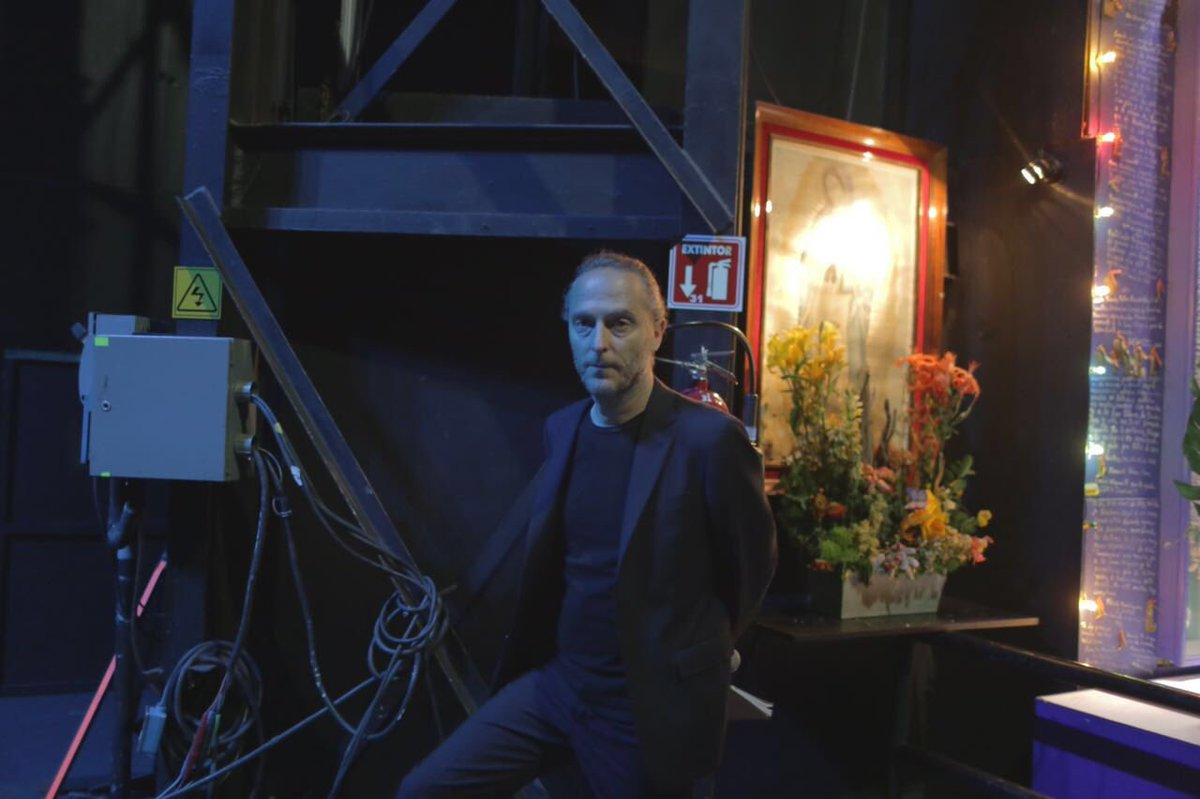 En backstage antes de subir al escenario de #MSXXI Emmanuel Lubeski quien afirma que la crisis obliga a reinventarse https://t.co/9hP4CozLex