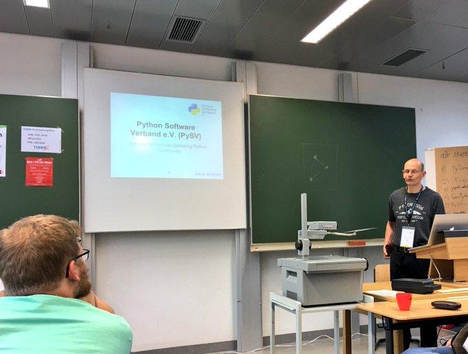 #LightningTalk about #German #Python #Software #Verband e.V. by @pyacademy at #Pyunconf @pyunconf https://t.co/ClSzAXFVtI