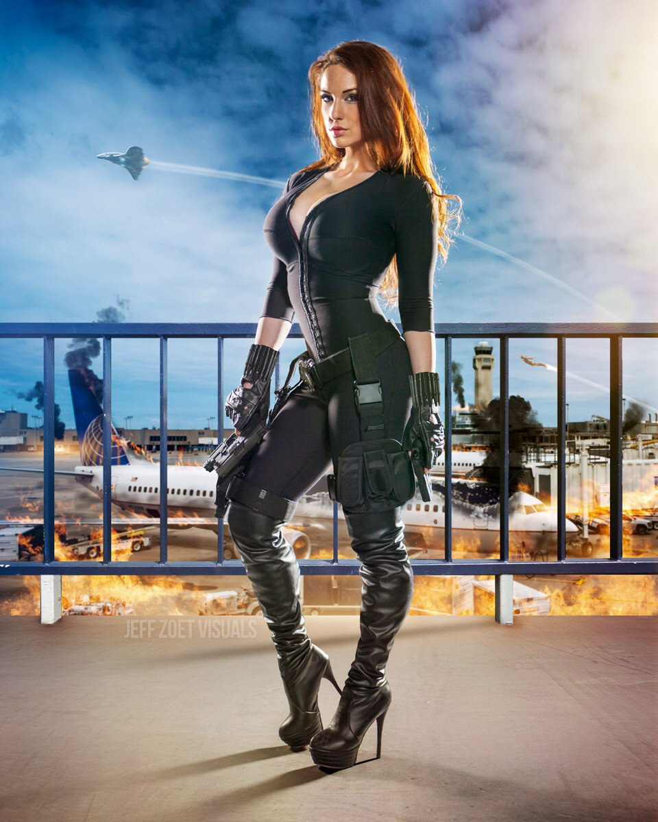 I like shoes that double as deadly weapons.   #blackwidow #claireanacosplay #badasscosplay #marvel https://t.co/jD2crguAQ9
