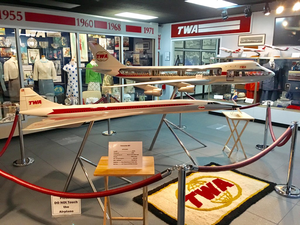Ooooh! The #TWAmuseum here in #KC added a @BoeingAirplanes SST in #TWA double globe livery. #AvGeek https://t.co/5sHMFUpGSB