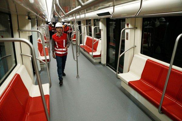 Resultado de imagen para metro de santiago línea 6