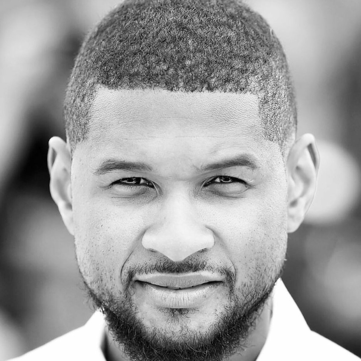 Congrats to my bro @usher on getting a star on the Hollywood  #WalkOfFame Well deserved G. https://t.co/vmxCeAoG9r