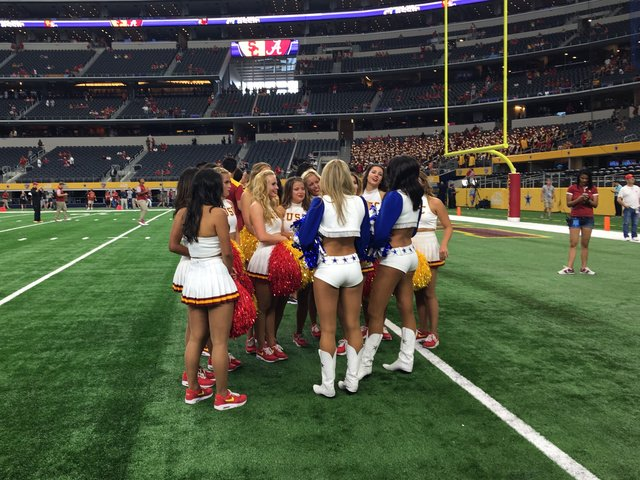 The usc song girls and the dallas cowboys cheerleaders the usc song girls and the dallas cowboys cheerleaders sciox Image collections