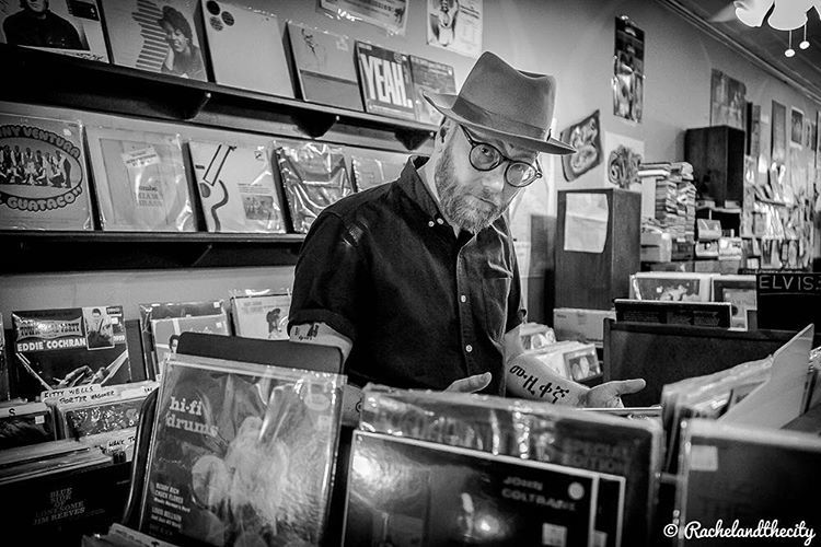 #tumblr @mike_doughty_ has a new record out and he asked me to take some photos. Check out the new single on @spoti… https://t.co/OrRK0HRmQQ