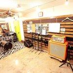 スタジオ紹介♪Eスタジオ 14帖「ドラム」dw「ギターアンプ」DIEZEL(HERBERT MK2)ORANGE(ROC