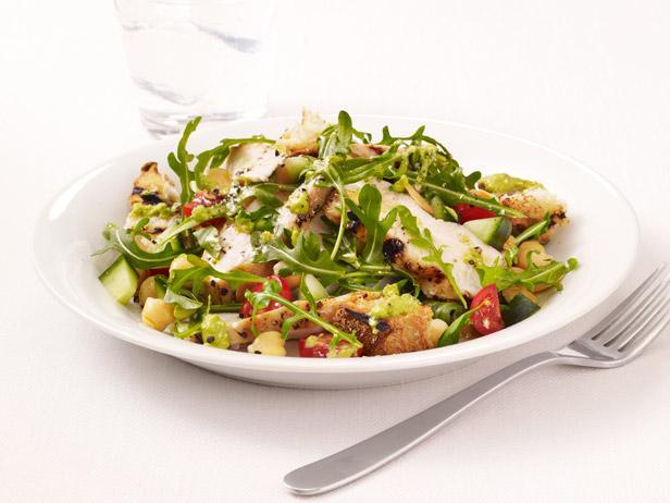Салат из курицы гриль рецепт с