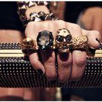 Rock n Roll #Showoff Style! ; ) Fierce & Fabulous... #AlexanderMcQueen #Couture🌹Jody @ShowoffByDesign #NewYork 4eva https://t.co/93ZhcSGpyC