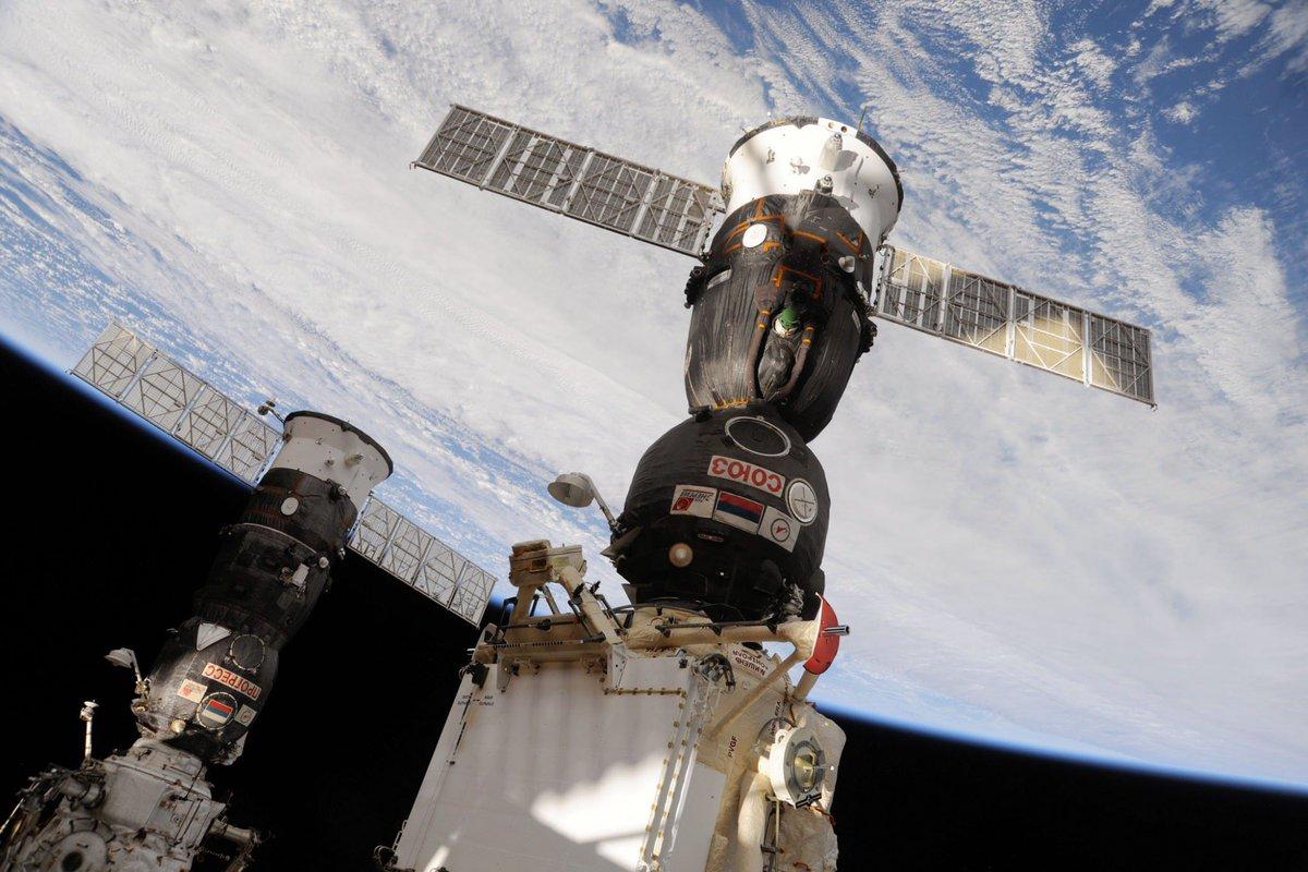 Космический корабль «Союз ТМА-20М» успешно приземлился вКарагандинской области – https://t.co/rIzc2QZ9pH https://t.co/OHKA1Eplwp