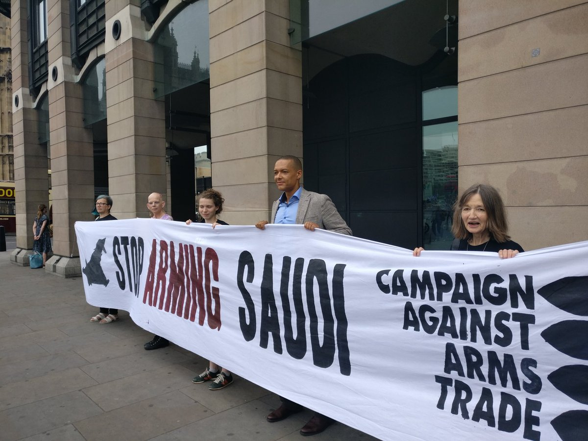 Shadow defence minister @labourlewis says hopes the UK govt will #StopArmingSaudi  and listen to the MPs report. https://t.co/Ub6UX3OoWl