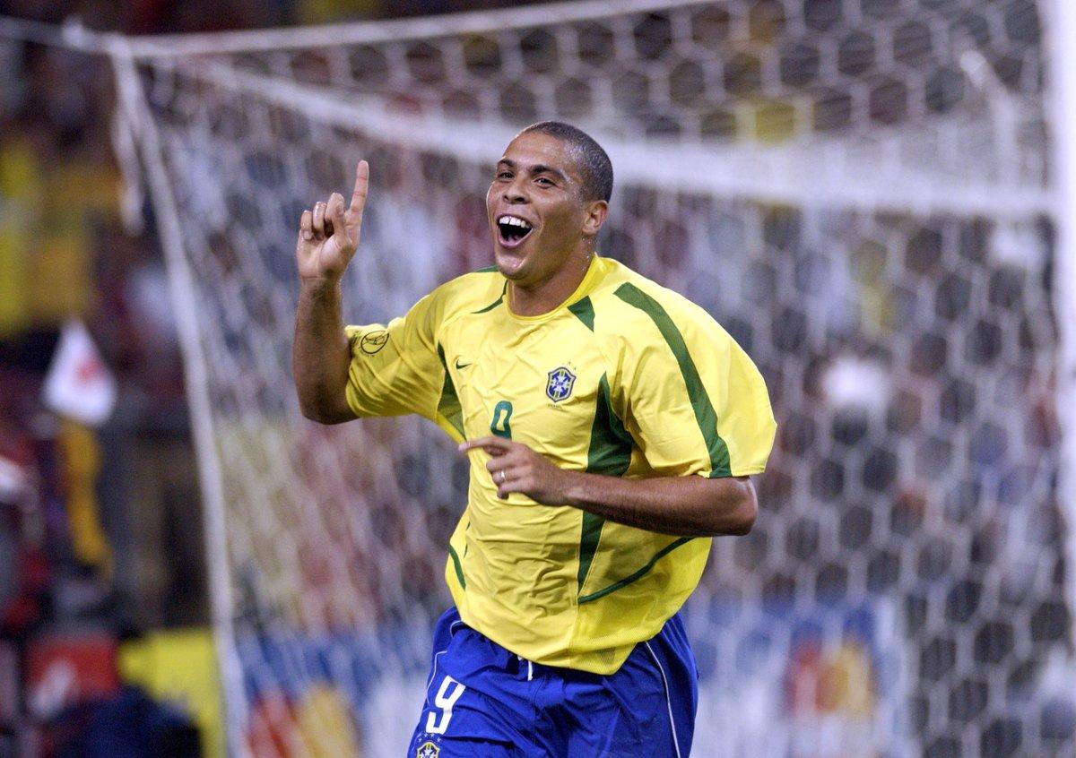 All time top scorers for brazil pelé 77 ronaldo 62 romário 55