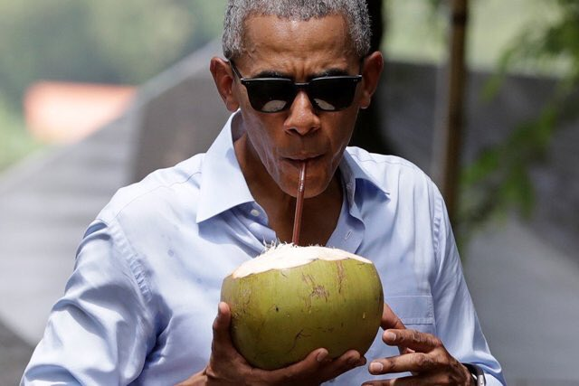 """Obama be like, """"Only 134 more days.."""" https://t.co/FQERdAZJuc"""