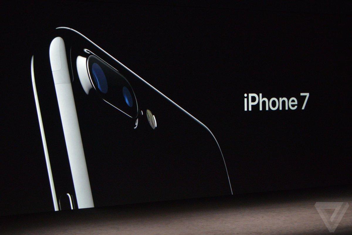 "iPhone 7 มาตามนัดพร้อมกล้องคู่และ ""ดีไซน์ใหม่"" โดยมีเทคโนโลยีการผลิตที่ซับซ้อนกว่าเดิม #AppleEvent #iPhone7TH #iMod https://t.co/NWKVtUiRtn"