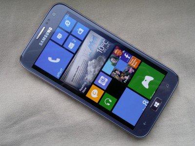 Samsung патентует смартфон с двумя операционными системами   https://t.co/p4kykvpwIk