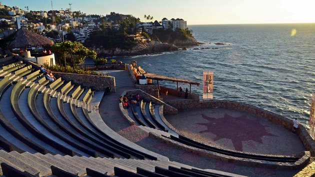 Three landmarks to see in Acapulco,