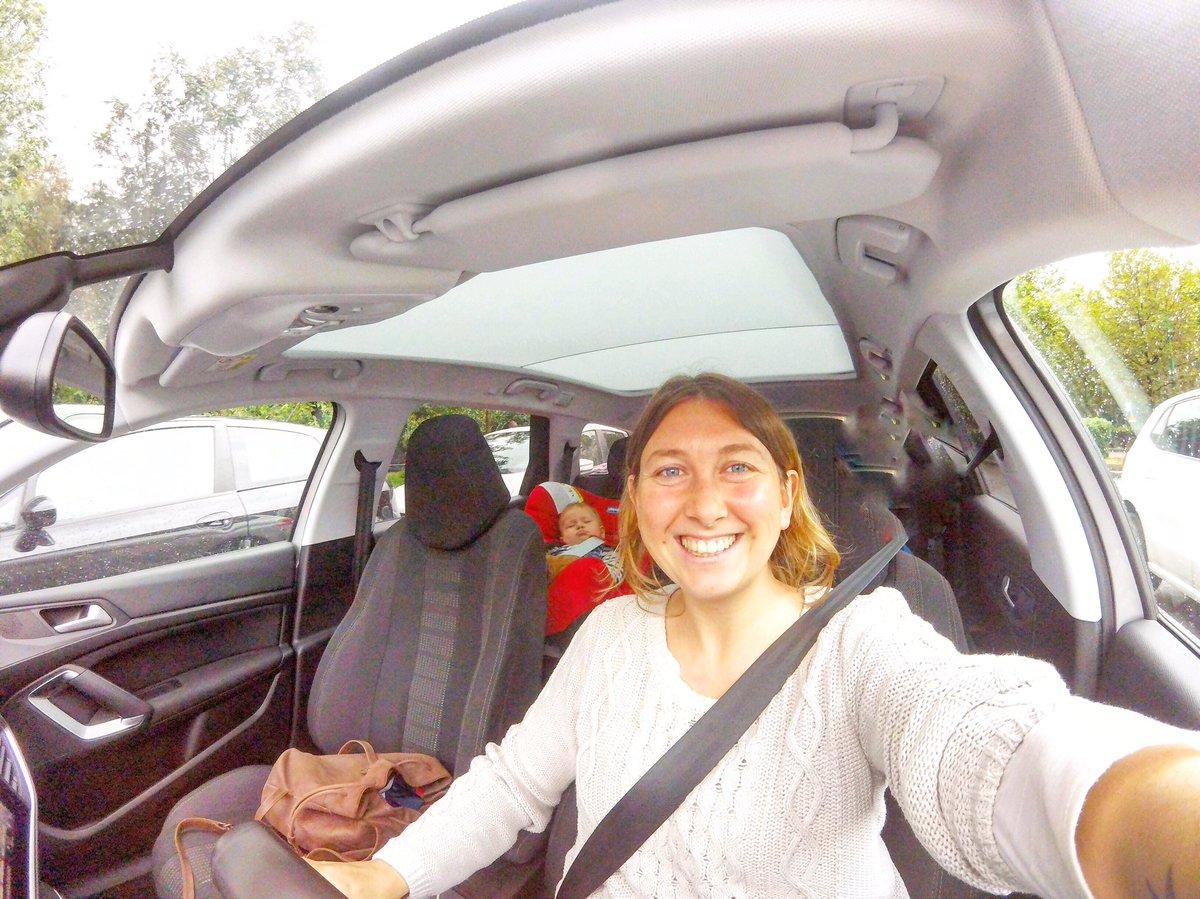 Ritirata oggi a Milano e inizia così il nostro #Peugeot308sw ✌️ chi vuole salire con noi? #viaggidiFederchicca https://t.co/jmSznP119j
