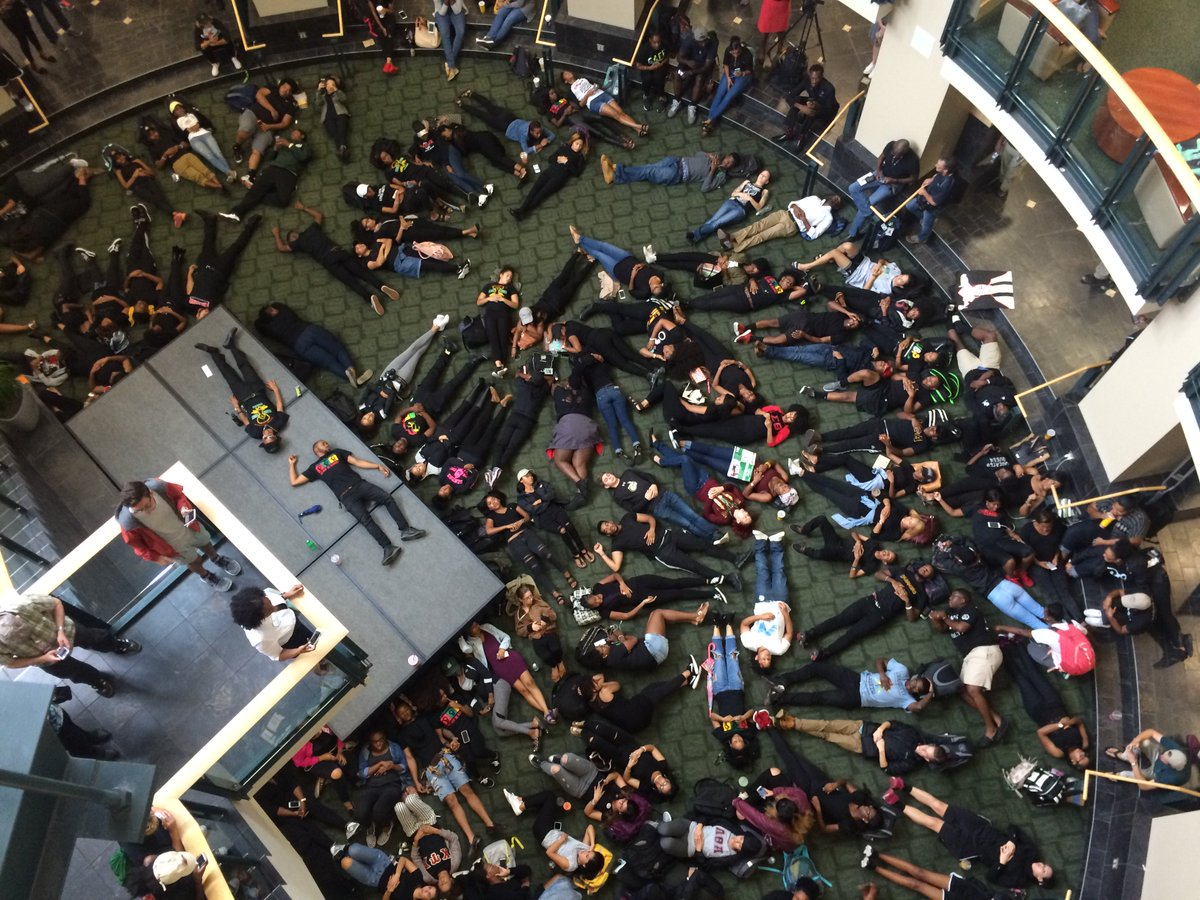 Students filled the Student Union rotunda in peaceful protest Wednesday afternoon. https://t.co/uwz4GGFalT