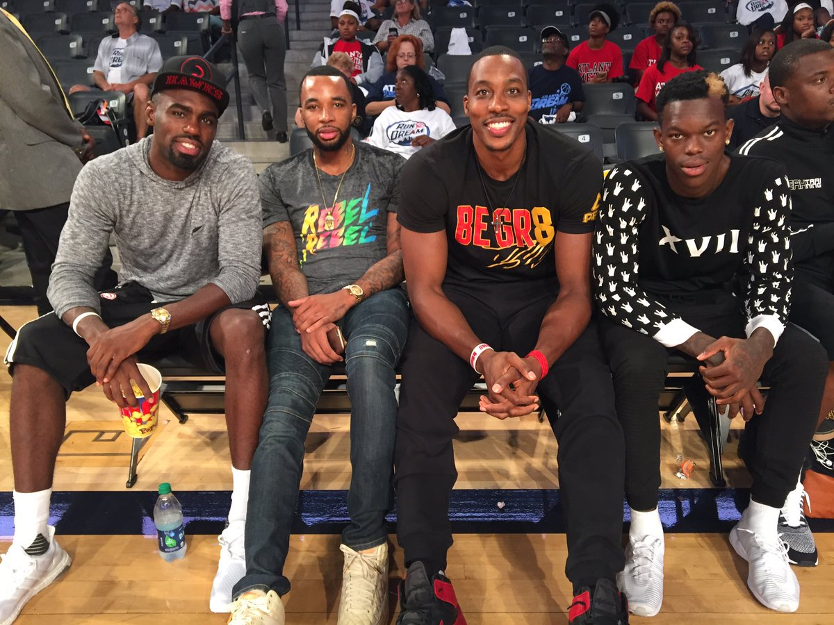 Thanks to our hometown @ATLHawks players for always supporting the @AtlantaDream! #RWTD #WNBAPlayoffs https://t.co/062tuzlWji