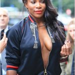 SERENA WILLIAMS attends Milan fashion week BR@L3SS and the world is talking (PHOTOs).