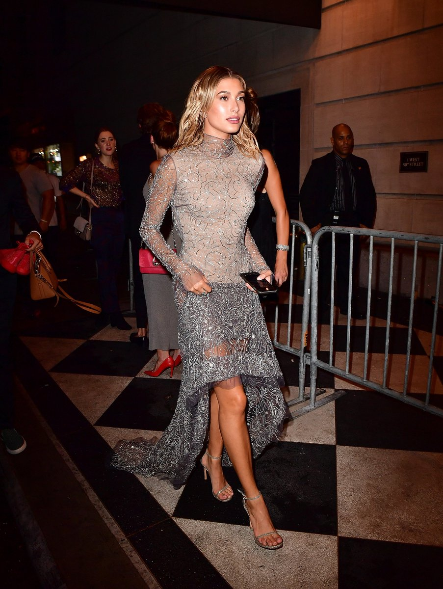 So fabulous. @haileybaldwin stuns in the NUDIST at the #BazaarIcons party in NYC. #inourshoes https://t.co/CioZpfiOkQ