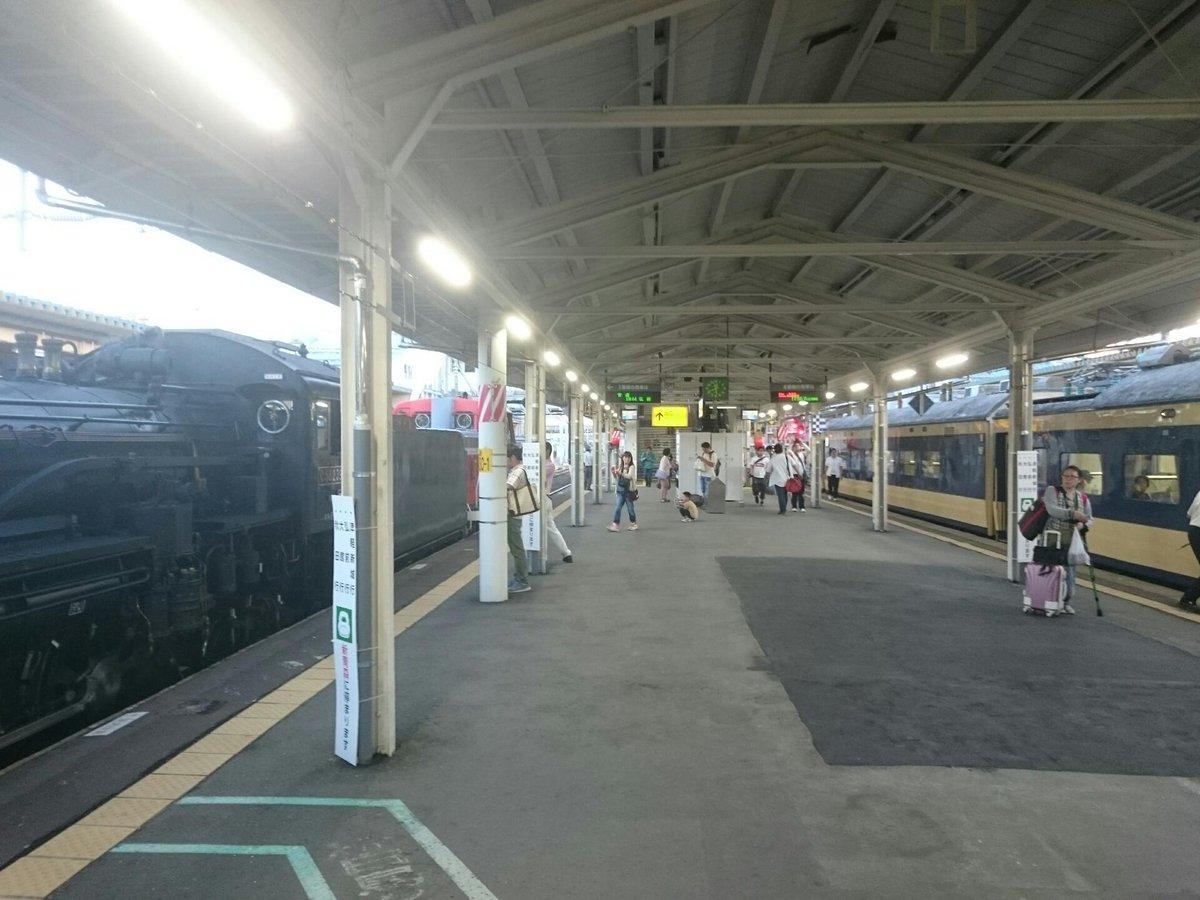 SLと583系が並ぶ青森駅、一体何時代なんだ… https://t.co/Xuiw4ZPfl2