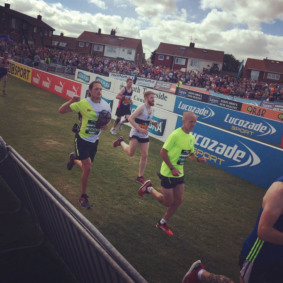 Congrats @SamHeughan finishing #GreatNorthRun for #Bloodwise in 1.27! Amazing #togetherwecan #beatbloodcancer https://t.co/JePhYZNdrf