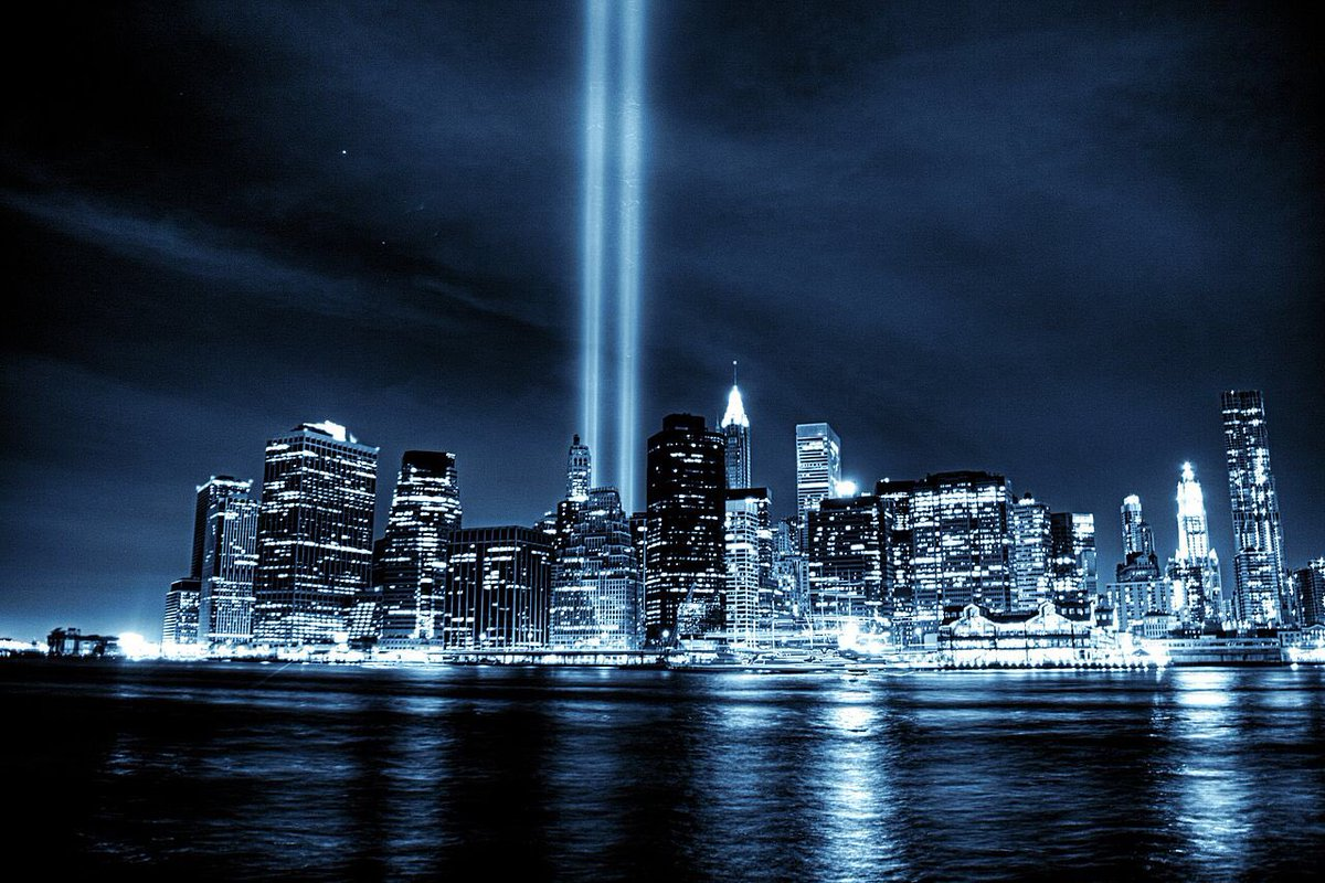Today & everyday, we honor & remember the victims lost, & thank first responders for their service. #NeverForget https://t.co/RiKhGUoecL
