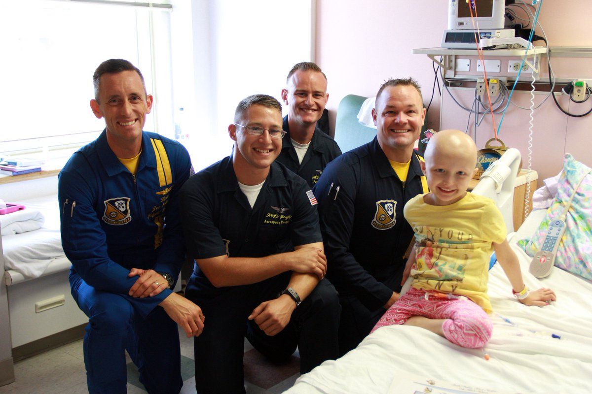 What makes a day in the hospital better? A visit from the @BlueAngels of course! Thanks for brightening our day. https://t.co/CAyUlh2uj9