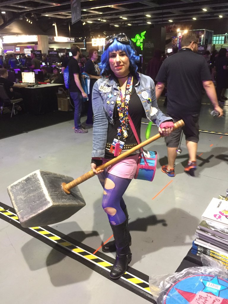 Cosplayer @adlauren wore a different amazing Ramona Flowers cosplay every day at @Official_PAX West! #ScottPilgrim https://t.co/gcYNEcsrQD