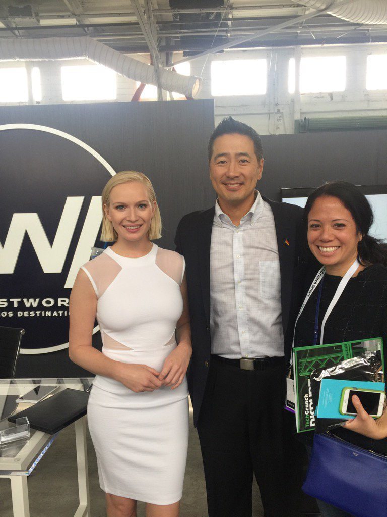 Excited! @westworldHBO with Noreen OToole, producer @bad_Robot and 'Ashley' #TCDisrupt https://t.co/9oX72a4hUn