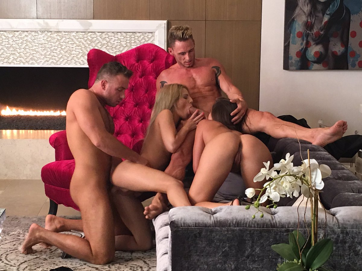 1 pic. Wow incredible scene today with and her husband for