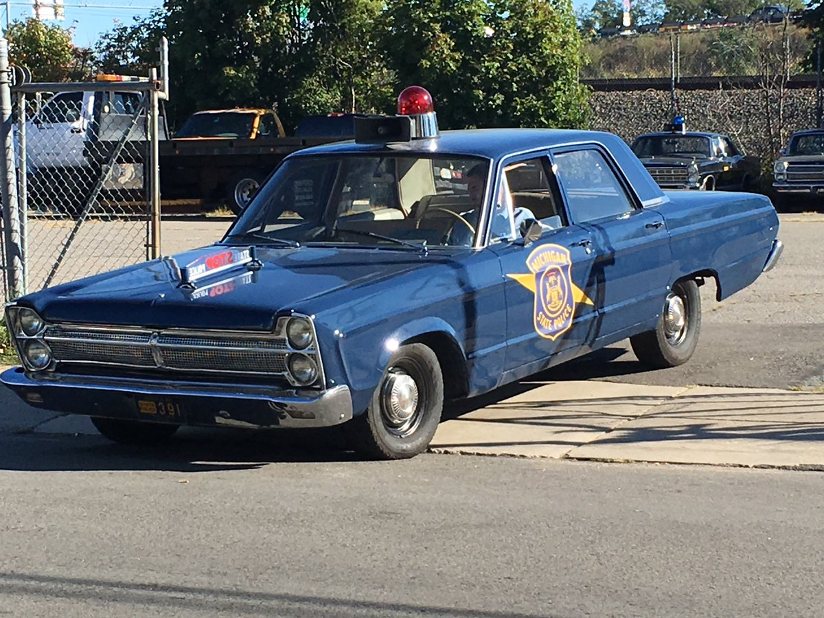Michigan State Police prop car for the Detroit riots movie shooting in Dorchester. @WelcomeToDot @universalhub https://t.co/gJDvNkaHNJ