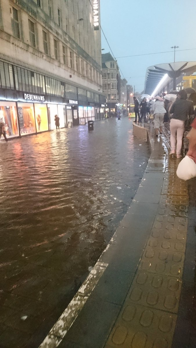 Manchester. Twinned with Venice. https://t.co/CGRVQ4icxI