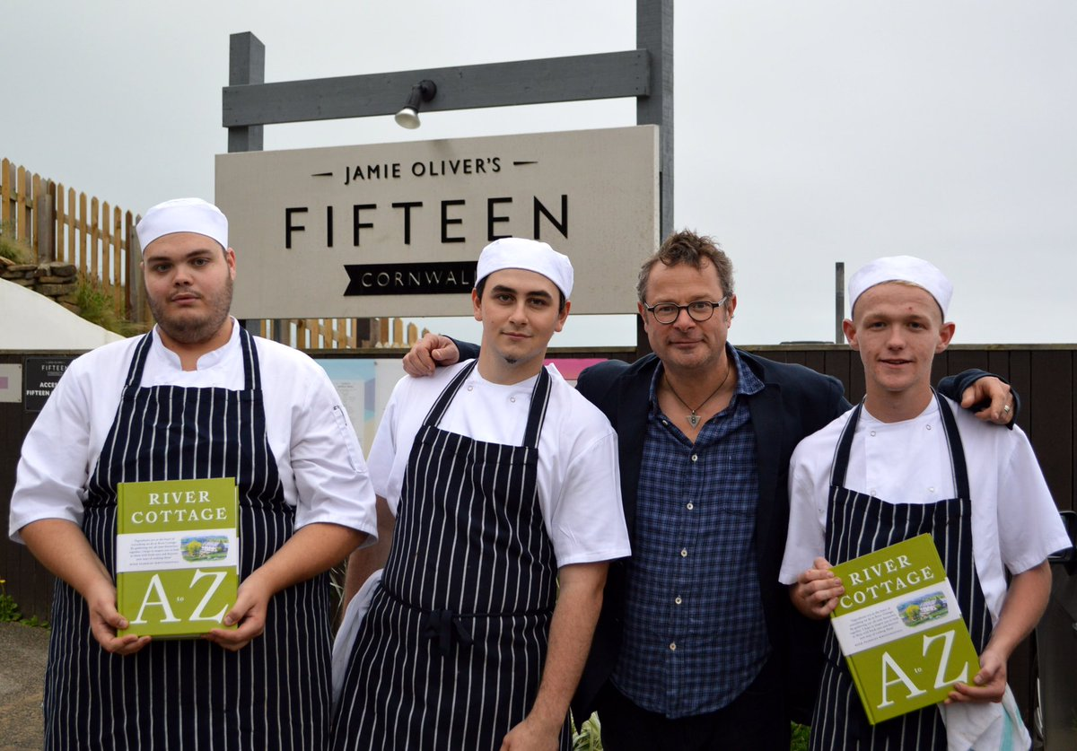 RT @FifteenCornwall: Thanks Hugh @rivercottage for dropping in copies of your new book to @fifteencornwall apprentices :-) @jamieoliver htt…