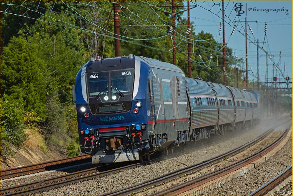 The Siemens Charger locomotives are being tested on the NE Corridor this week. https://t.co/KlMqhHDNRZ