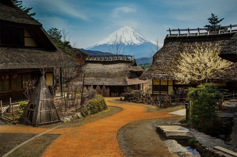 Small Village Bellow Mount Fuji, Japan | Photography by ©@TreyRatcliff https://t.co/TXIY8Z72FU