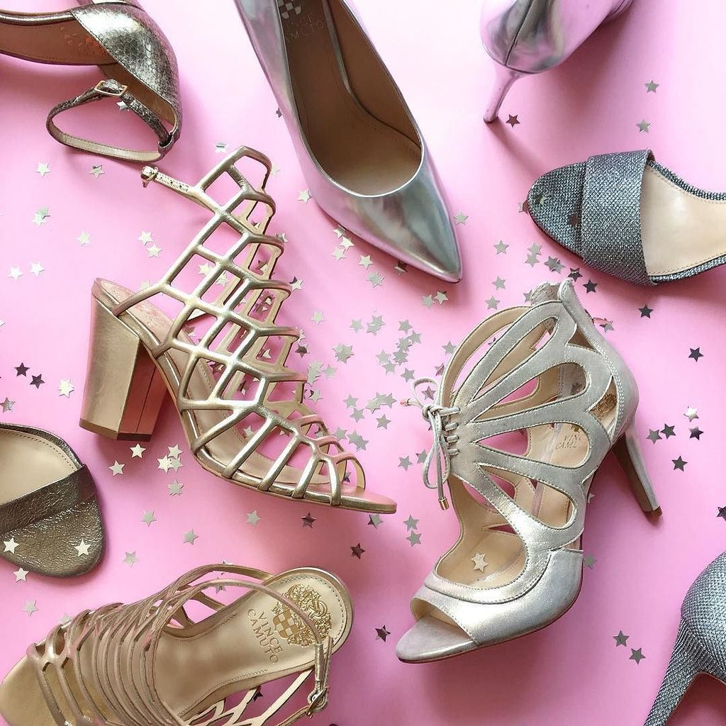 WIN SHOES FOR A YEAR! Now through September 30th, enter for your chance to win a pair of #VinceCamuto shoes each mo… https://t.co/OMIfsUM1rF