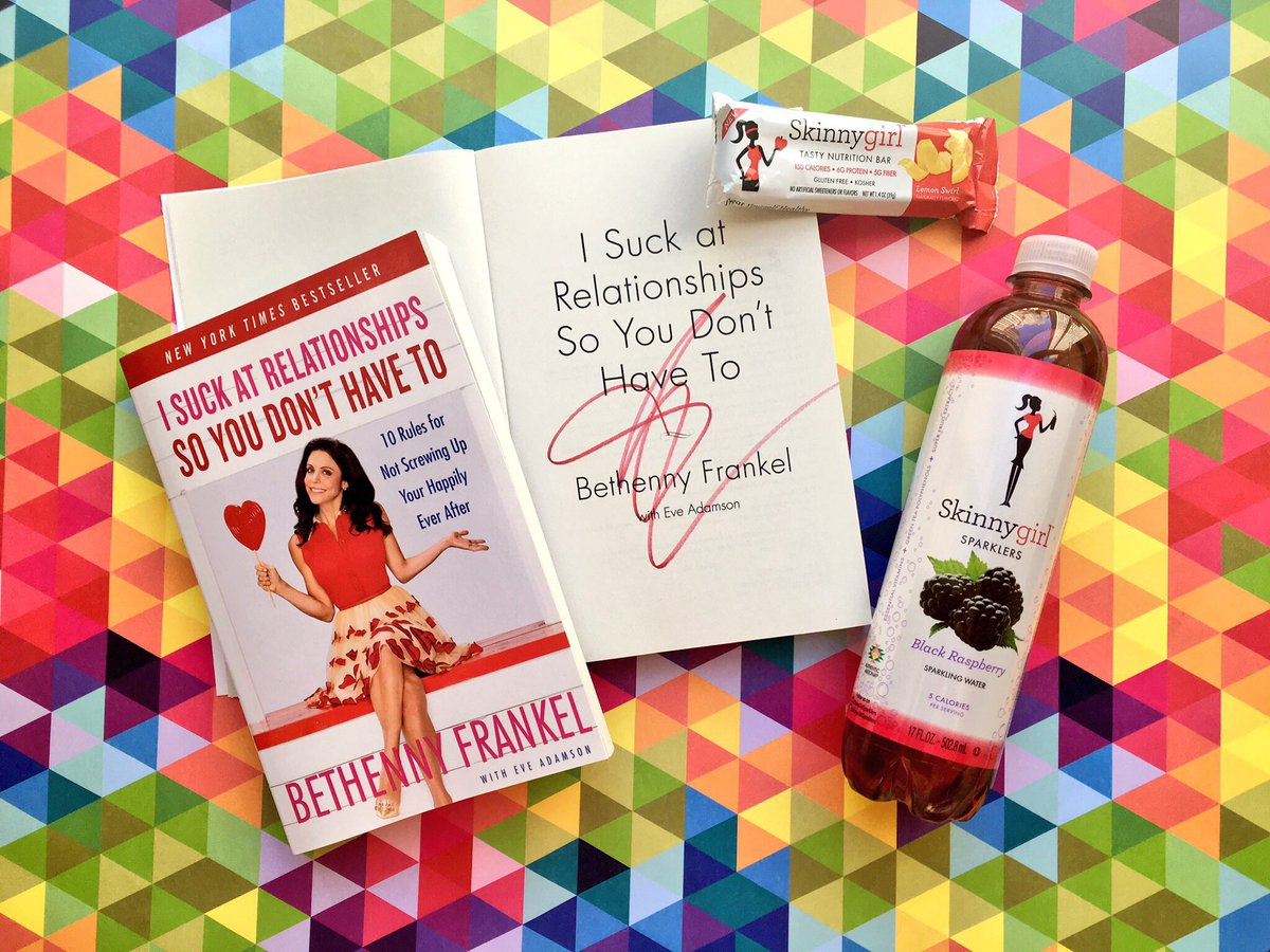 If you can handle the truth, retweet + follow for a chance to win a signed copy of @bethenny's book + swag! #rhony https://t.co/UQ6iW7jZeK