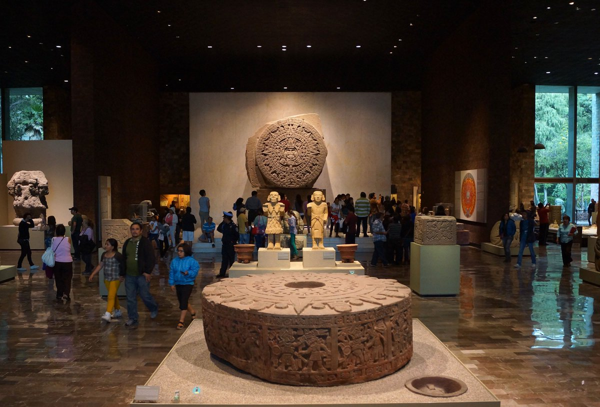 Los mejores 25 museos del mundo según viajeros d @TripAdvisor @mna_inah, en el 5 @cultura_mx https://t.co/yiIzD9xOxz https://t.co/gNUxO052hW