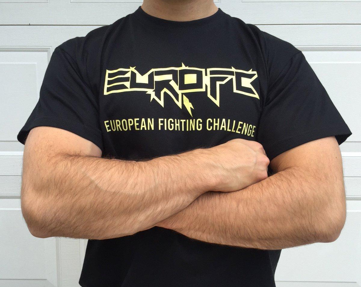 Haluatko pukeutua 1.10. Espoon @EuroFCMMA-illassa näin hienoon paitaan? Paina RT, arvon kolme paitaa niin tehneille. https://t.co/qUgx5coy5G