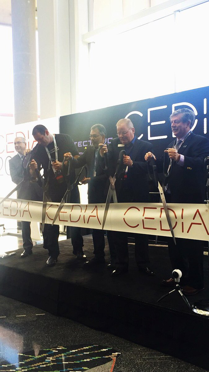 The ribbon has been cut and the doors have been opened. The #CEDIA16 show floor in officially open. https://t.co/oR6NEDHumD