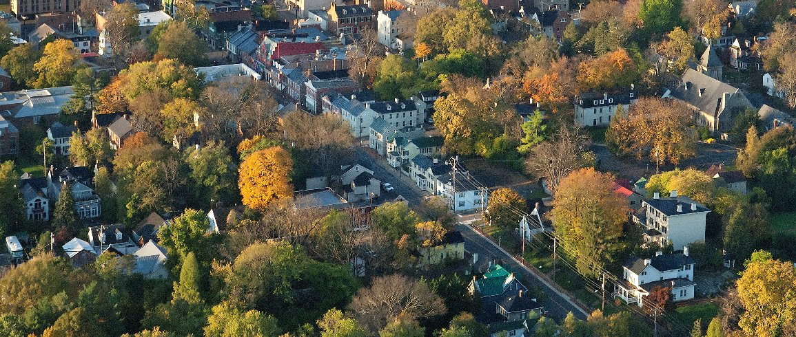 Leesburg, Middleburg, Waterford & Purcellville named beautiful small towns by @AboutTravel  https://t.co/aW2D3zAnoa https://t.co/yn1Nspfk7q
