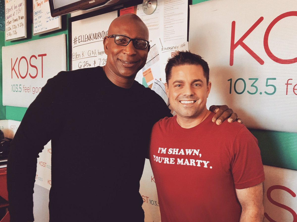 one of the best to ever do it. BIG thanks to @EricDickerson for the visit! #ellenkmorningshow #NFL #rams @kost1035fm https://t.co/y4GJx6ka8x